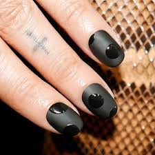 the best halloween nail art ideas for 2017 glamour