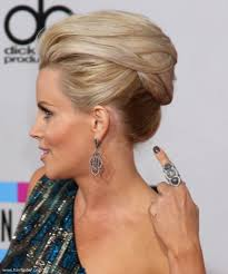 does jenny mccarthy have hair extensions jenny mccarthy fresh and modern updo with mega volume