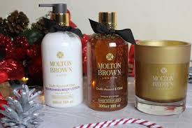 blogmas 2015 day 23 molton brown oudh accord and gold anoushka