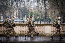 Schlafzimmer Komplett Franz Isch Frankreich Scharfes Anti Terror Paket Ersetzt Ausnahmezustand