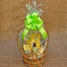 luxury gift baskets bee luxury gift basket s