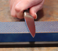 sharpening kitchen knives with a kitchen cutlery