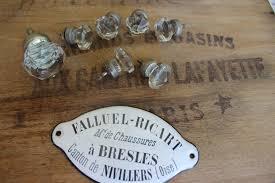 Boutons De Meubles Originaux C U0027est La Rentrée Brocante Et Jeu Des Binômes Guignol Et Blanche