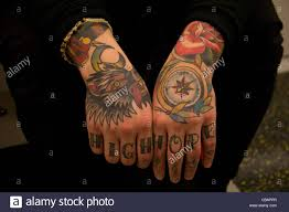 cool hand tattoos fully covered hand tattoos artistic and beautiful bright colours