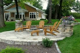 Irregular Stone Patio Flagstone And Steppers Rockford Il Benson Stone Co