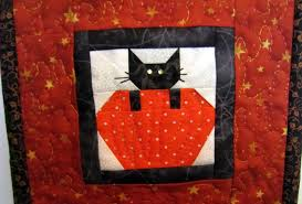 halloween the quilted cat