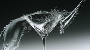 video water splash in martini glass slow motion 018151424