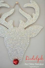 White Christmas Door Decorations by Best 25 Front Door Christmas Decorations Ideas On Pinterest Diy