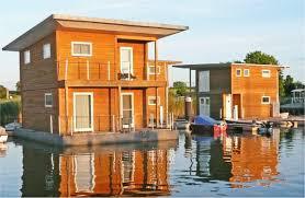 floating houses frühling auf den floating houses an der marina kröslin