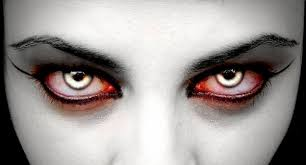 cute or spooky halloween contact lenses and make up ideas