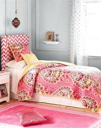 Summer Coverlet Better Homes And Gardens Christmas Quilts And More 2015 Keeco