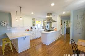 White Kitchen Cabinets With Glaze by What Is Cabinet Glazing Bella Tucker Decorative Finishes