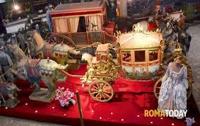 carrozze d epoca mercatino di natale al museo delle carrozze d epoca