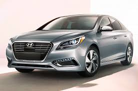 reviews for hyundai sonata 2017 hyundai sonata hybrid reviews and rating motor trend