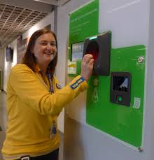 recycle halogen light bulbs light bulb recycling reverse vending news