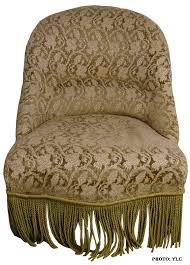 tissu pour fauteuil crapaud fauteuil crapaud du siège au décor tapissier d u0027ameublement du