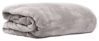 plaid gris canapé 6 bonnes idées pour utiliser un plaid sur un canapé et dans sa déco
