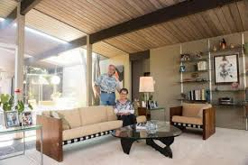 eichler style home those living in orange s eichler homes totally get the growing