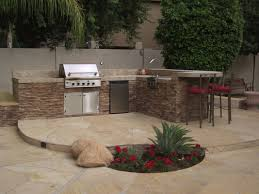 outdoor kitchen decoration using black iron metal outdoor tall