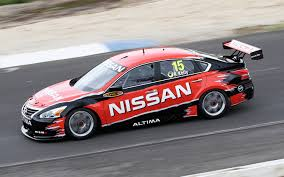 nissan altima coupe race nissan altima v8 supercar gets ready for racing debut