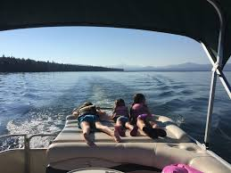 Houseboat Rental Near Los Angeles Livin U0027 The Lake Life Six Shores To Explore This Summer