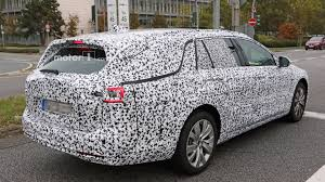 opel insignia trunk space 2018 opel insignia wagon seems bulkier than it actually is
