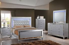 Delburne Full Bedroom Set Silver Panel Bedroom Set
