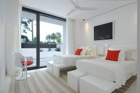 beautiful homes interior design beautiful all white house with pool