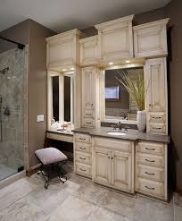 what are the dimensions of the built in makeup vanity short