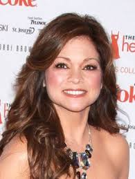how to get valerie bertinelli current hairstyle valerie bertinelli hair highlights lowlights that famous valerie