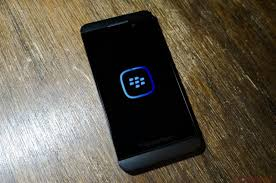 BlackBerry halts latest software update on older devices due to     MobileSyrup BlackBerry and its carrier partners have ceased the rollout of its latest software update  BlackBerry         on the Z   and Q   models due to issues with