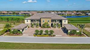 Luxury Homes Naples Fl by Townhomes And Condos For Sale In Naples Fl From Newhomesource Com