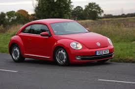 volkswagen beetle hatchback review 2012 parkers
