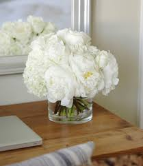 White Roses Centerpiece by Best 25 White Peonies Ideas Only On Pinterest White Flowers