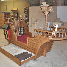 how to ship a table across country ship bed the pirate custom frame across country thechowdown