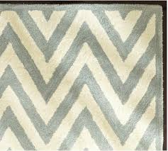Porcelain Blue Rug More Rugs In Cool Patterns And Colors Honey We U0027re Home