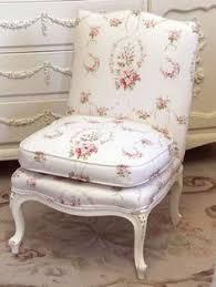 Shabby Chic Vanity Chair Romantic Lifestyle Shabby Chic Living Room Pinterest