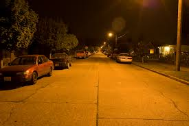 report a street light out low pressure sodium street light fixtures light fixtures
