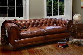 Chesterfield Sofas by Buying Tips For A Chesterfield Sofa Wearefound Home Design