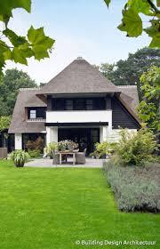 modern home design kelowna best 25 modern lake house ideas on pinterest house design