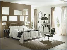 miroir dans chambre à coucher feng shui miroir chambre a coucher mobokive org