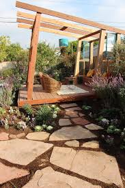 tips backyard renovation contest diy network yard crashers