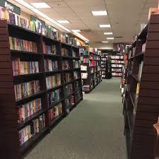 Barnes And Noble Employee Barnes U0026 Noble 326 Photos U0026 203 Reviews Bookstores 1450 Ala
