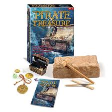 amazon com pirate treasure chest dig excavation kit toys u0026 games