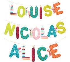 lettres décoratives chambre bébé lilliputiens lettres décoratives en tissu ruban décoration
