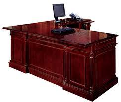 Quill Conference Table 7990 58 Keswick Traditional Majestic Styling Executive L Desk