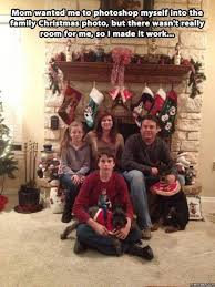 Family Christmas Meme - mom wanted me to photoshop myself into the family christmas photo