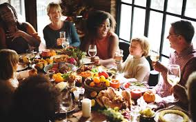 20 restaurants chain that will be serving thanksgiving dinner