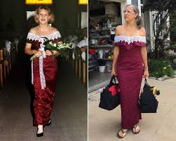 best bridesmaid dresses best bridesmaid stages hilarious photoshoot in dress from