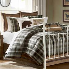 bedroom master king size bed with checkered bedding set